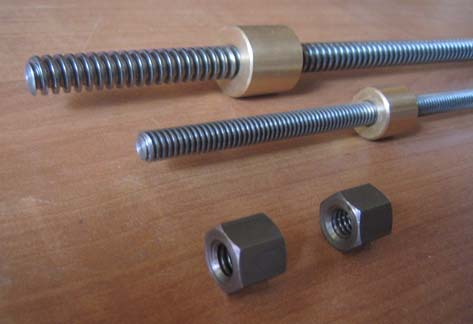 Screws_1_W.jpg (28104 bytes)